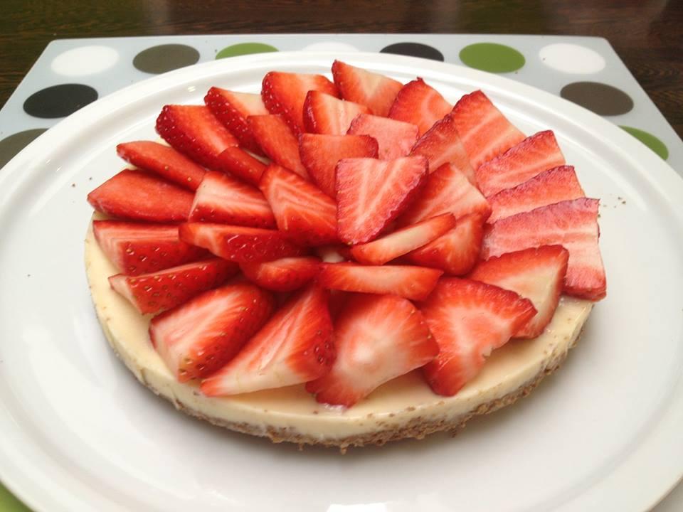 Whey taart met aardbeien